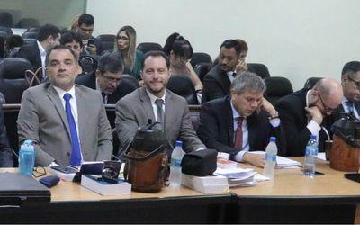 Comenzó el juicio oral a ex contralor Óscar Velázquez