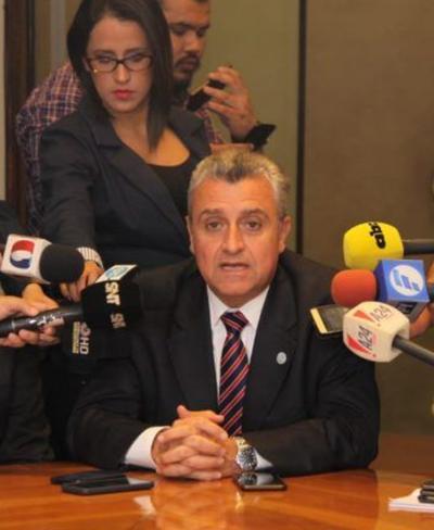 Minotauro. Vehículos eran custodiados por la policía y presentarán la denuncia el lunes, confirma Villamayor
