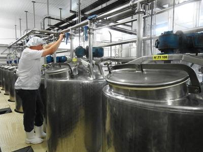 Se proyecta triplicar exportación de productos lácteos del país