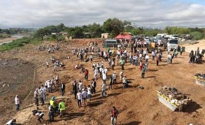 HOY / Más de 1.000 voluntarios y 43 toneladas de basura: los números de la jornada de limpieza en el Mburicao