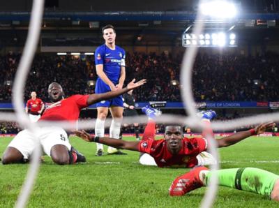 Manchester United vence al Chelsea y avanza en la FA Cup