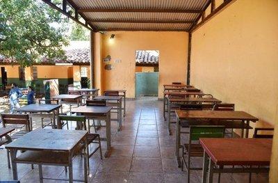 Algunos inician clases en depósito, otros no lo harán por falta de aulas – Prensa 5