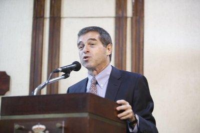 Precandidato uruguayo propone convertir el Mercosur en zona de libre comercio