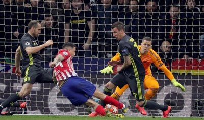 "Atlético golpea a la ""Juve"""