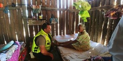 Por primera vez anciana ishir de 90 años recibe atención médica
