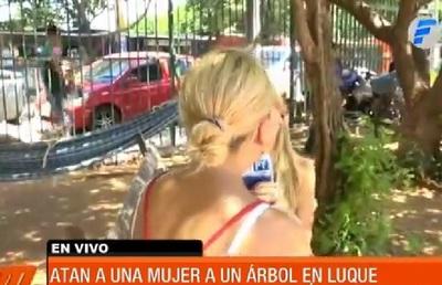 Mujer abandonada atada a un árbol habla y relata lo que sufrió