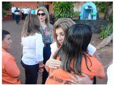 Prohíben uso de uniformes con el nombre de Sandra Zacarías