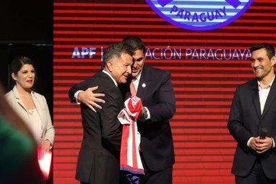 'APF se bajó los pantalones ante Osorio'