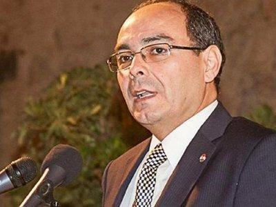 Castiglioni designa a Antonio Rivas como nuevo vicecanciller