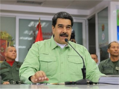 Maduro anuncia que llegaron a Venezuela medicamentos desde Rusia