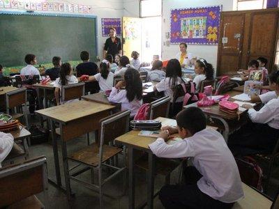 Escuela tiene 200 alumnos nuevos por doble escolaridad
