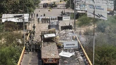 Oposición dice que 50 toneladas de ayudas entraron a Venezuela pese a bloqueo
