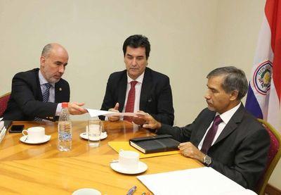 Ministro se reunió con miembros de tribunales en lo penal