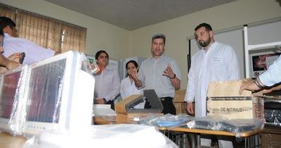 Hospital Regional recibe equipos quirúrgicos