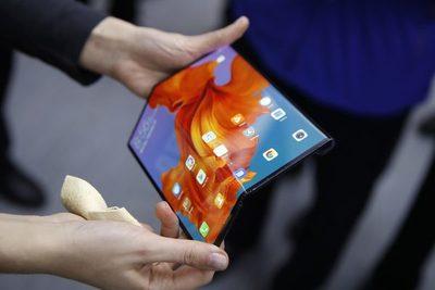 Inicia mayor exhibición de la industria móvil del mundo