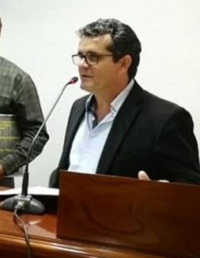 Santa Fe también retrasa su almuerzo escolar, por adjudicación a consuegro del Intendente