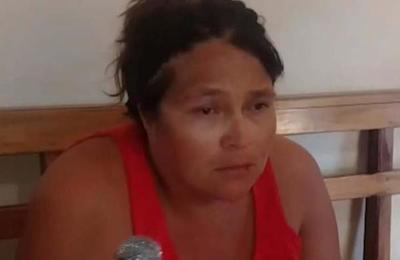 Mujer asesina de puñaladas a su bebé de 1 mes
