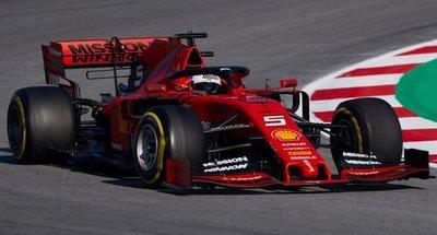 Ferrari domina la pretemporada en Montmeló