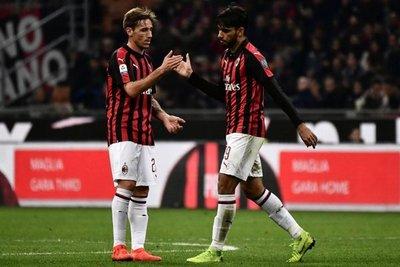 El Milan arrebata su puesto al Inter