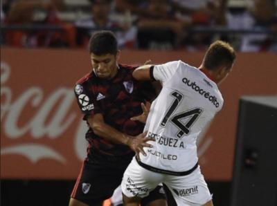 HOY / Rojas se retira lesionado en goleada de River