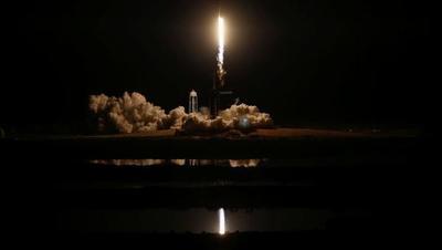 Despegó la nueva cápsula de SpaceX