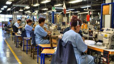 Manufactura Pilar reduce producción ante crisis en la industria