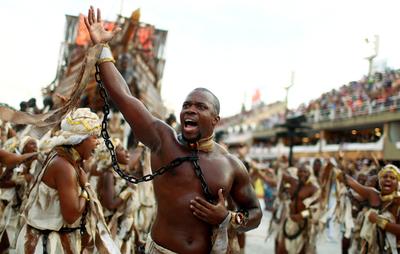 Disgusto con situación política del país se plasmó en el carnaval de Río de Janeiro