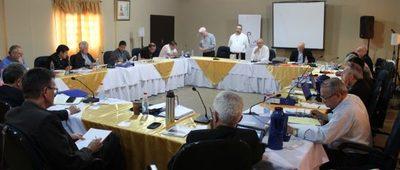 Obispos debaten sobre desafíos, objetivos y experiencias pastorales