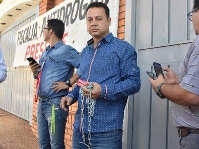 """Raúl D'Ecclesiis trata de """"traidor y badulaque"""" al gobernador de San Pedro"""