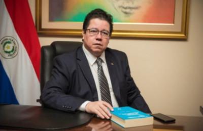 Diputados aprueban ampliación de la acusación contra el Contralor