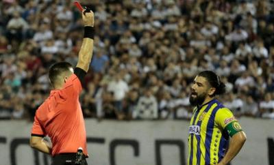 Tribunal Disciplinario suspendió a jugadores y multó a clubes