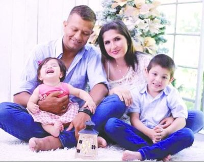 Hermosa historia de amor de una familia capiateña