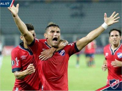 Nacional se impone a Zamora y lidera el grupo E con Cerro