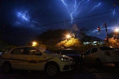 Meteorología anuncia tormentas eléctricas para la región Oriental