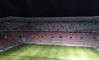 HOY / Suspenden partido de Libertadores por falta de luz en Venezuela