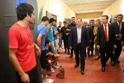 Ministros supervisaron la Penitenciaría de Concepción