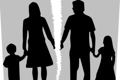 Mujer denuncia maltratos y teme que le quiten a su hijo