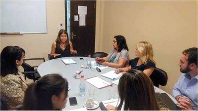 Reunión sobre protección de los derechos de la Niñez y la Adolescencia