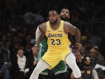 Bucks consolidan mejor marca y Celtics hunden un poco más a Lakers