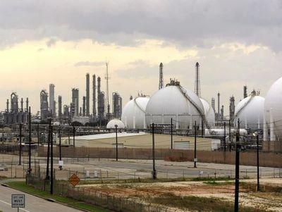 EE.UU. aportará el 70 % del petróleo suplementario en el mundo de aquí a 2024