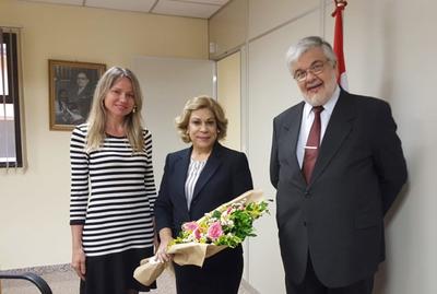 Distinguen a la ministra Módica por Día Internacional de la Mujer