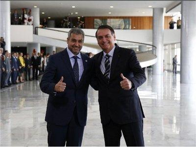 Mario Abdo y Bolsonaro conversan sobre Itaipú y refugiados políticos
