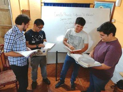 Jóvenes abren en Capiatá cursillo de ingreso para Medicina e Ingeniería