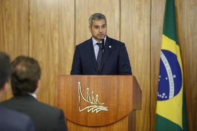 Paraguay y Brasil acuerdan defensa de la libertad y la democracia