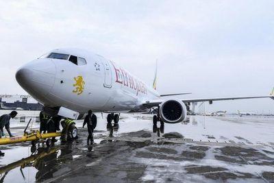 El mundo prohíbe volar a los Boeing 737 MAX, pero EE.UU. se resiste