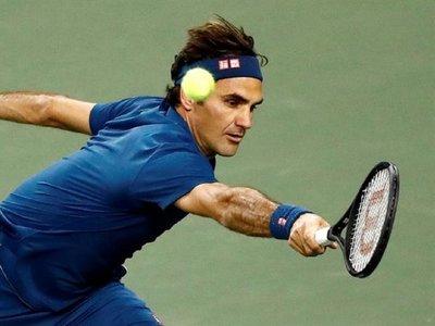 Federer derrocha clase ante Wawrinka y accede a octavos