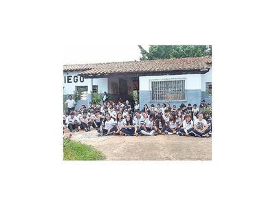 En Yby Yaú sigue el paro de  actividades en locales educativos