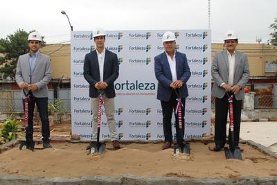 Realizan palada inicial del edificio Fortaleza Azara