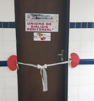 """Clínicas habilitó """"Unidad de Diálisis Peritoneal"""""""