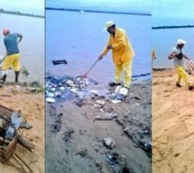 Como de costumbre: Asunción amaneció colmada de basura tras temporal